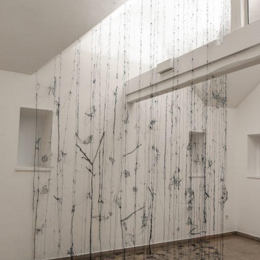 Spirit of Light, 2019, Installation im Gerhard Marcks Haus Bremen, Kunststoff, 406 x 320 x 189 cm