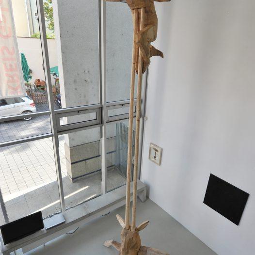 Antilope, 2012, Holz für Bronzeguss, Ed. 3, Höhe 420 cm
