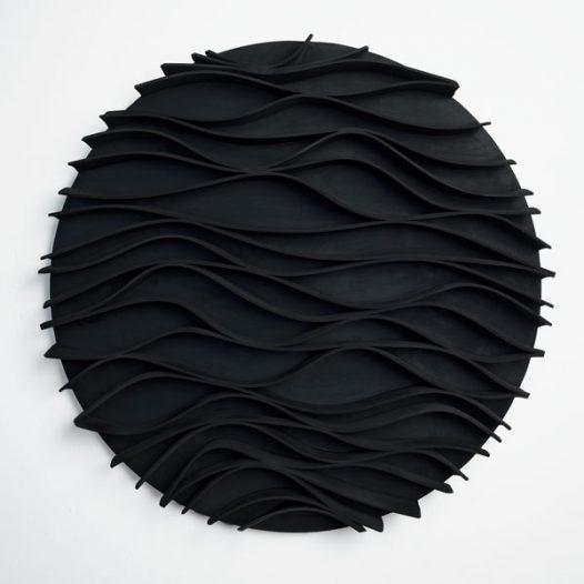 Convolution 1, 2009, Durchmesser 87 cm x 8 cm, EPDM auf Aluminium