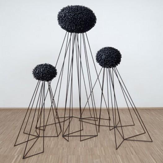 Survivors, 2011, 190 x 180 x 120 cm, Stahl & EPDM