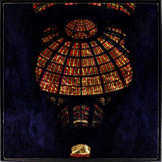 Kuppel, 2019, 100 x 100 cm, Malerei/Reliefdruck auf Messing