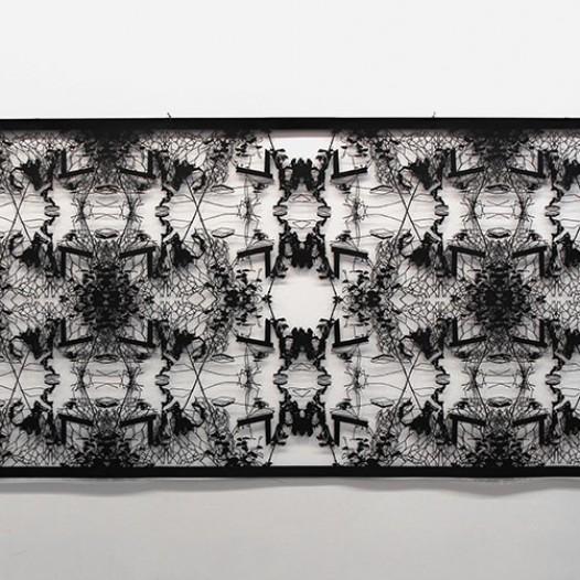 Ohne Titel, 2014, 139 x 302 cm, Papierschnitt, lackiert