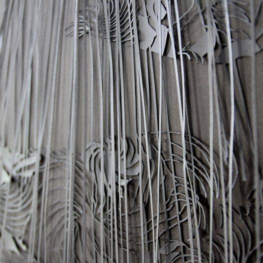 o.T., 2015, Papierschnitt lackiert, zweilagig, 58,5 x 98 cm, Detail