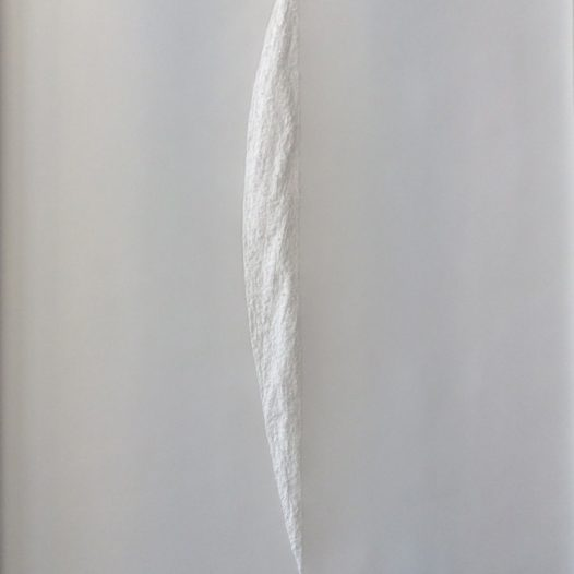 Aja von Loeper: Hommage an Lucio Fontana, 2020, 150 x 105 x 3 cm, Papier Relief